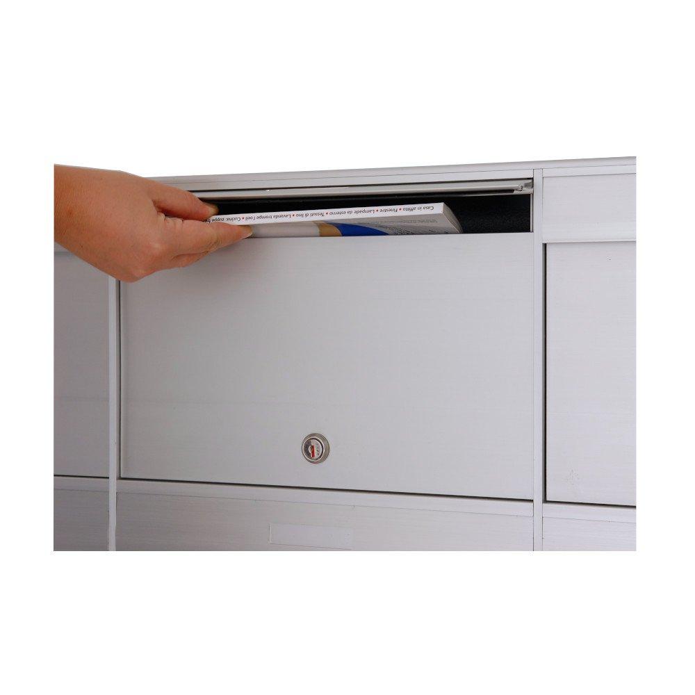 dettaglio imbuco cassetta postale